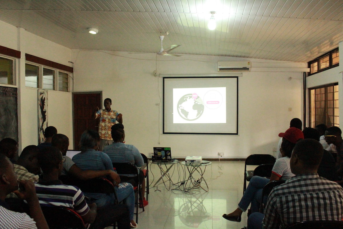 saviour-gidi-w3w-geolocation-devcongress-meetup-apri-2017.JPG